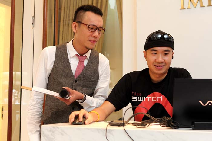 Tiong, the media event MC with Chris from Switchbox during sound-check and rehearsal