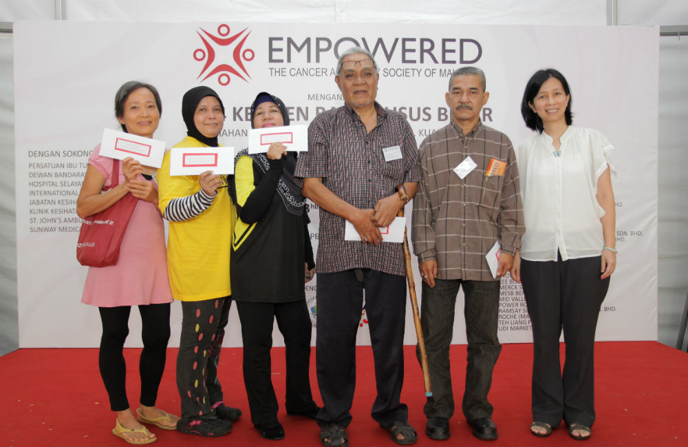 EMPOWERED's workshop's quiz session 1 winners and guest speaker Ms. Chui Ping Lei