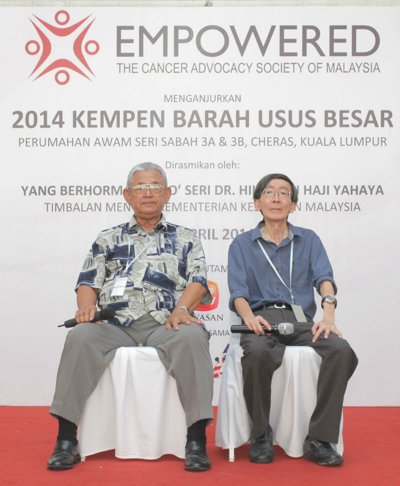 Partner cancer survivors Tuan Haji Zainuddin Mohamad Tahir and Mr. Yap sharing their cancer journeys