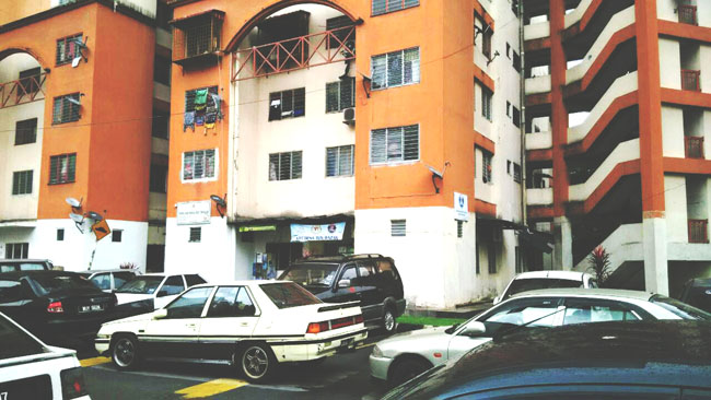 The surroundings of Seri Sabah flats